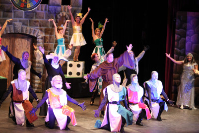 SPAMALOT Knights of the Round Table
